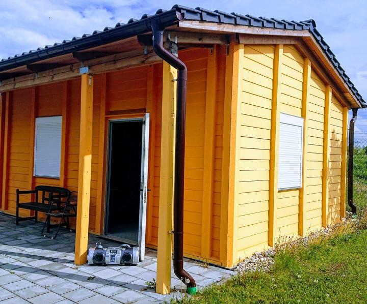 Vereinshaus Typ Bergland A1 mit Ziegeleindeckung anthrazit